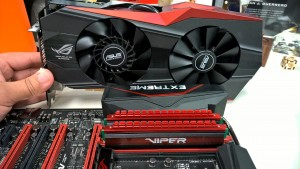 Patriot Viper 4 DDR4 2400MHz Quad Channel Kit installed X 99 RAMPAGE V EXTREME 5
