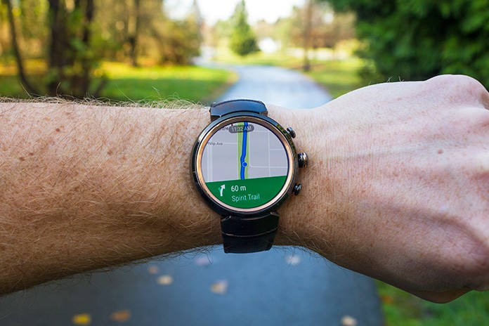 Turnbyturn navigation is easier on the ZenWatch 3 Edge Up