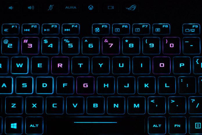 Rog S G703 Laptop Takes Ultra Fast 144hz Desktop Gaming On
